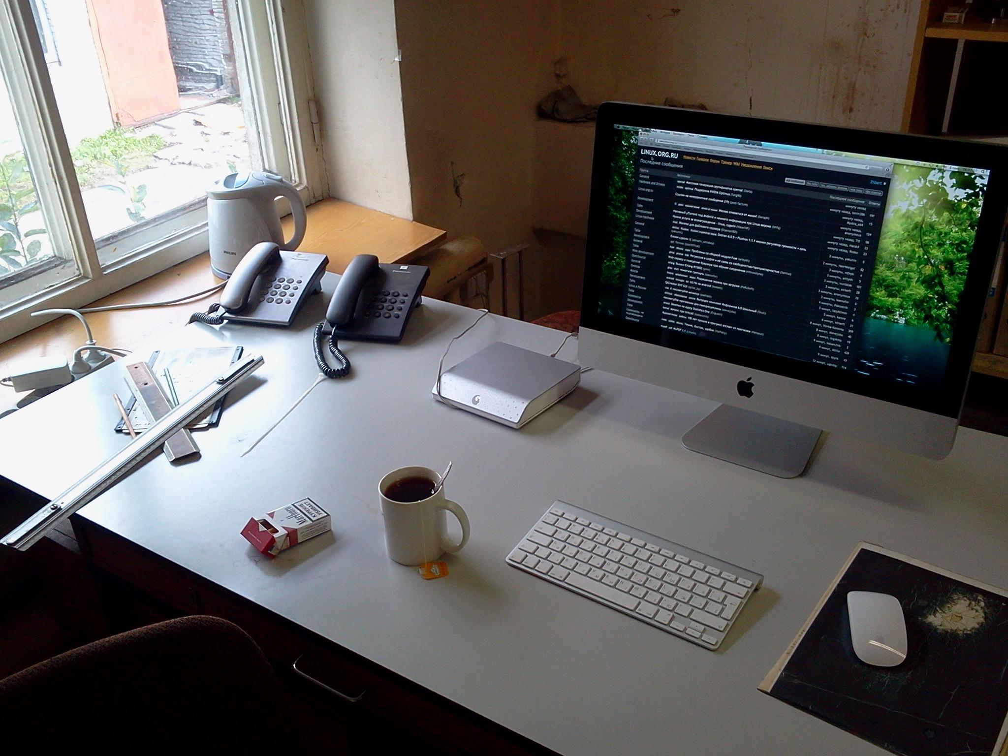 фото рабочего стола на работе размещаются одной творческой