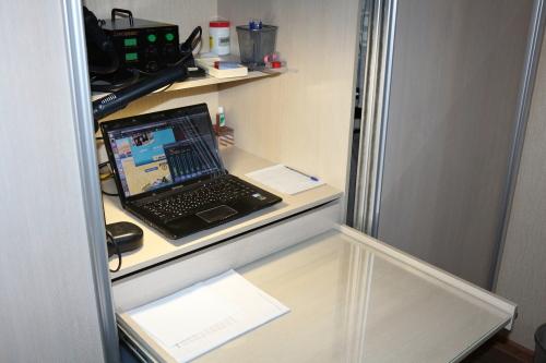 Linux, паяльник и волшебный шкаф