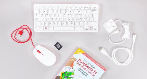 Raspberry Pi 400 — настольный компьютер в формате клавиатуры