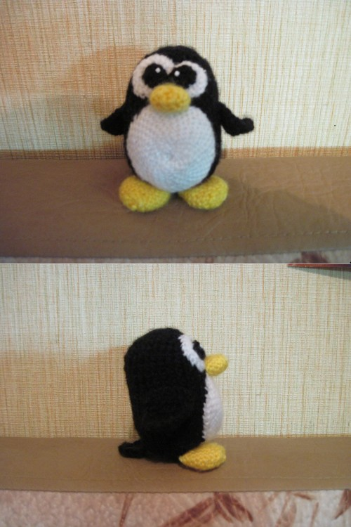 Yet another knitted Tux