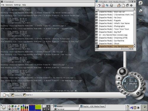 KSI Linux 3.0 alpha, KDE 2.1, Noatun, depeche mode.